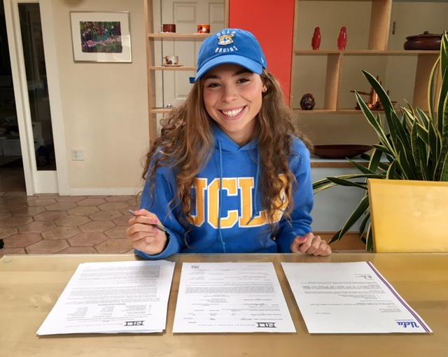 Senior+athlete+Emma+Smethurst+commits+to+UCLA+swim+team